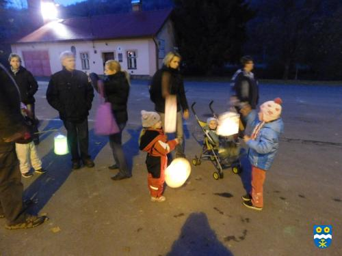 Světluškový pochod 2016